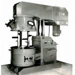 Так ми починали - перший верстат для виробництва герметиків